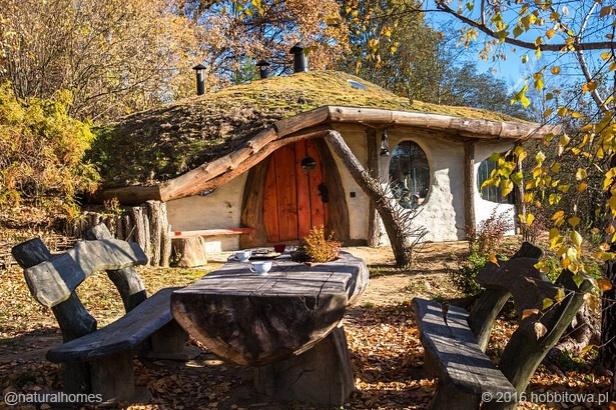 polish-hobbit-house1